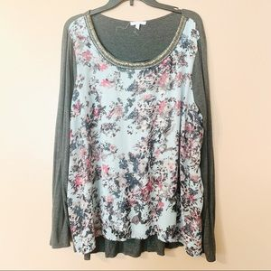 Gray Long Sleeve Top w/Beaded Crew Neck & Floral